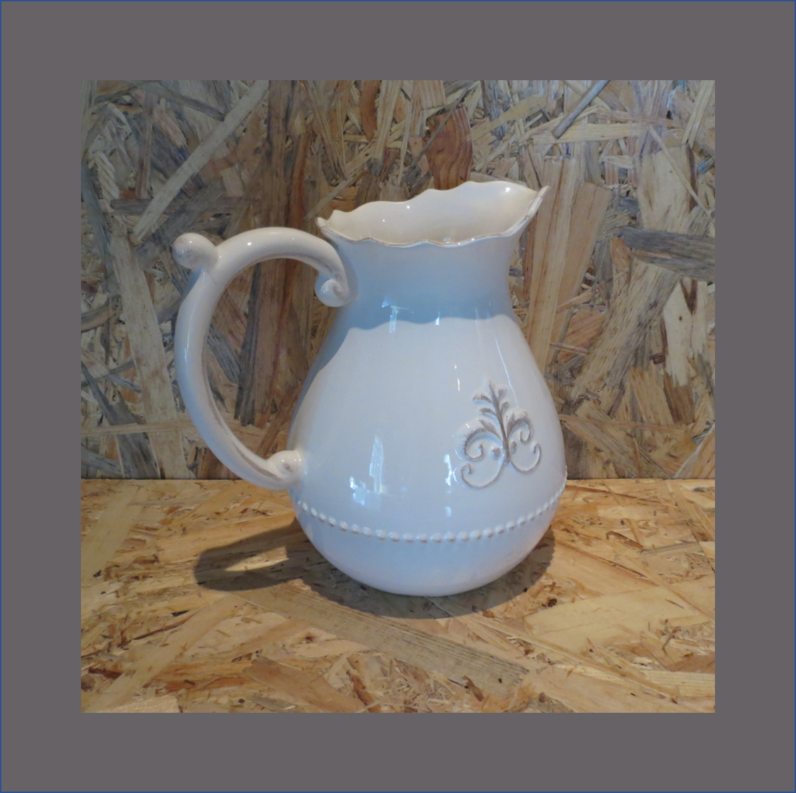 damask-milk-jug