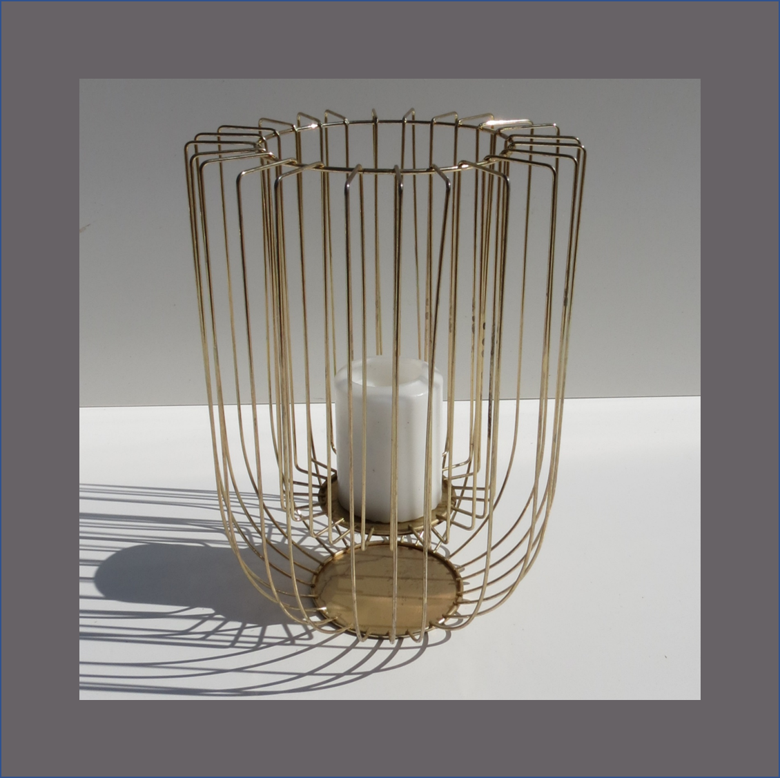 gold-wire-pillar-candle-holder-large