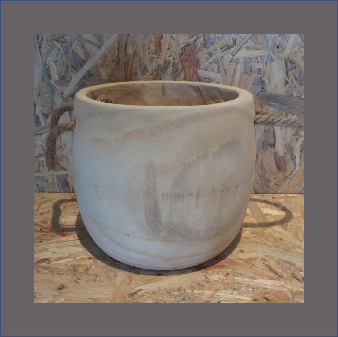 hand-crafted-wooden-pot