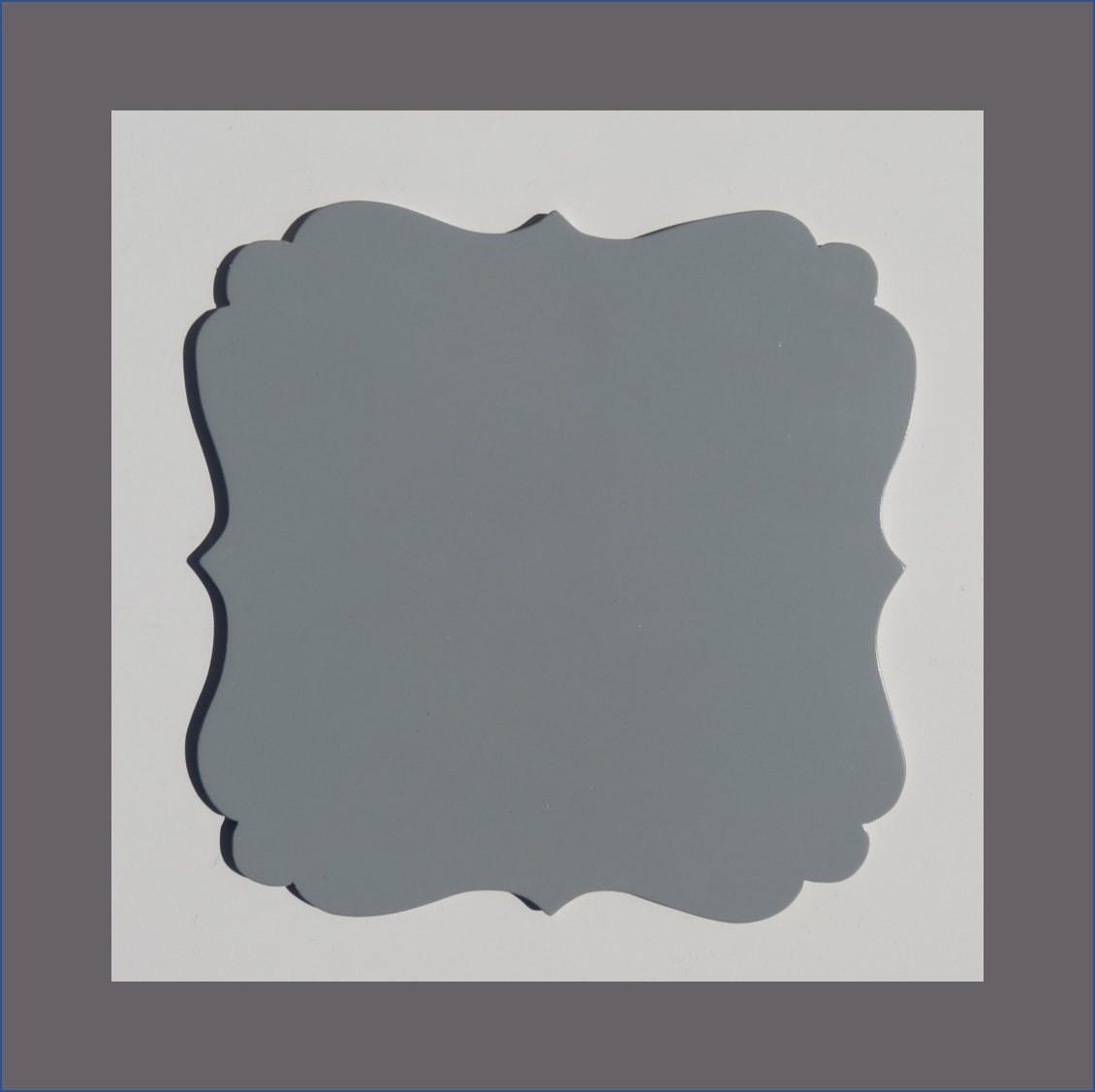 grey-square-damask-underplate