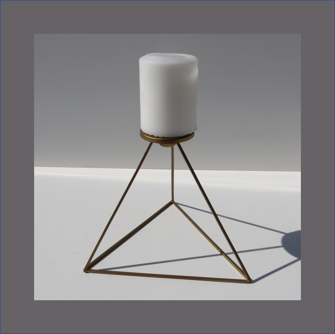 diamond-candle-stand
