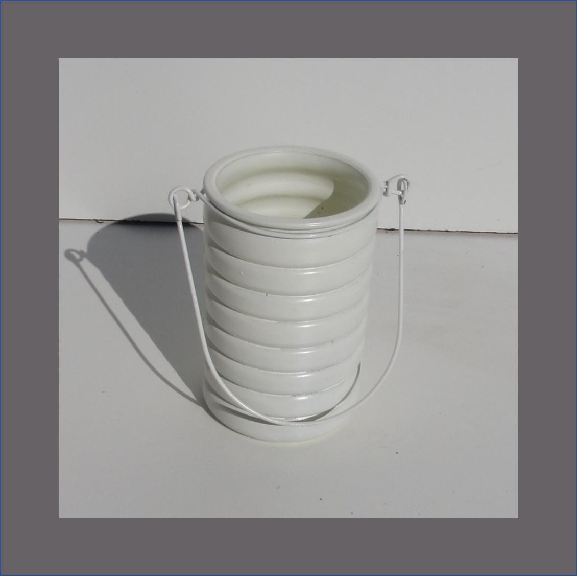 hanging-layered-vase