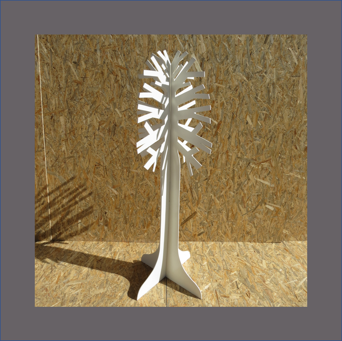 white-konfetti-tree