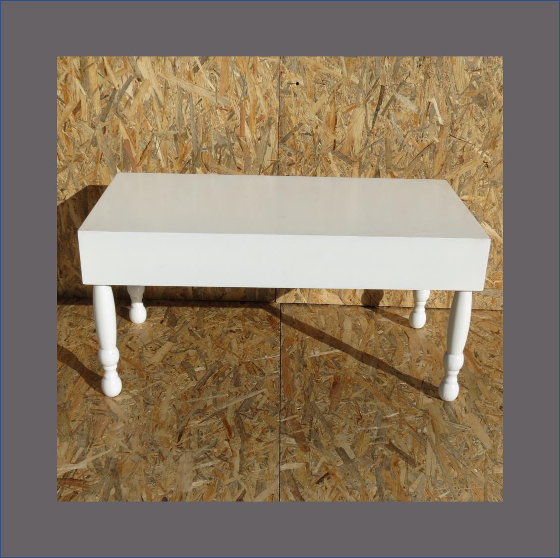 turned-leg-coffee-table-painted