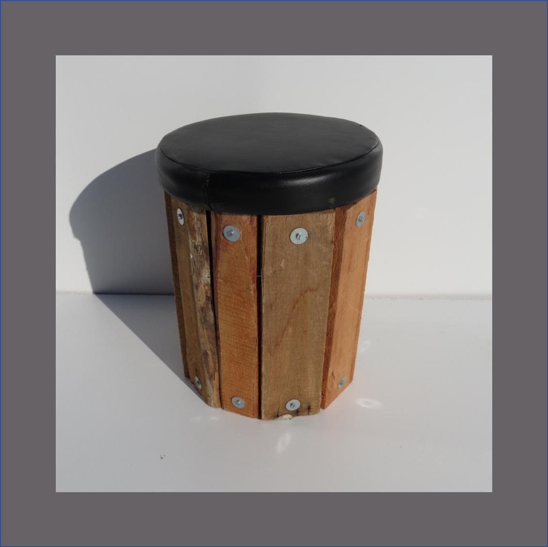 drum-ottoman-pine-vertical-slats
