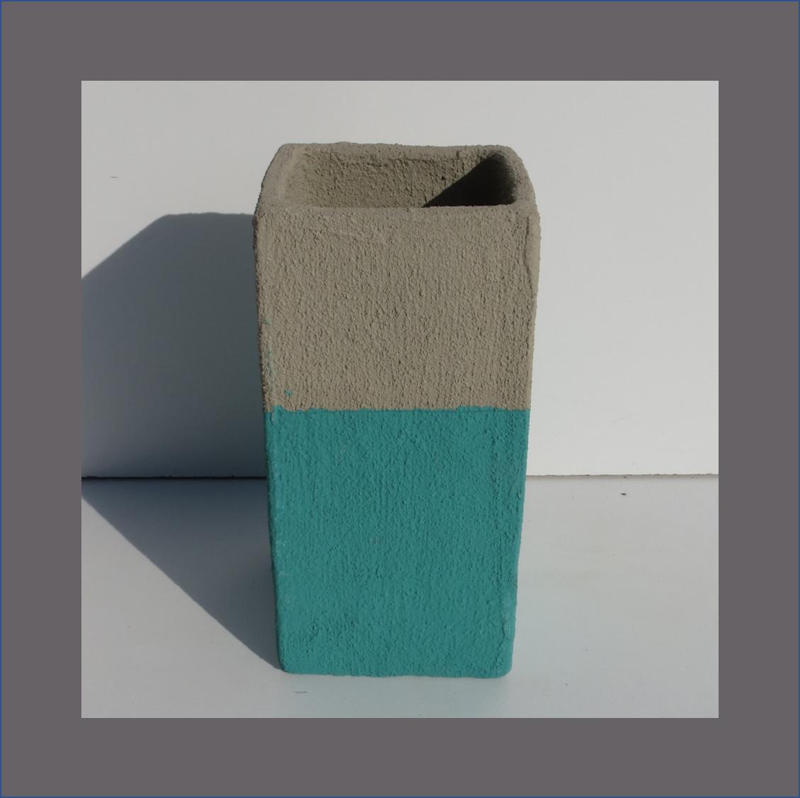 concrete-square-vase