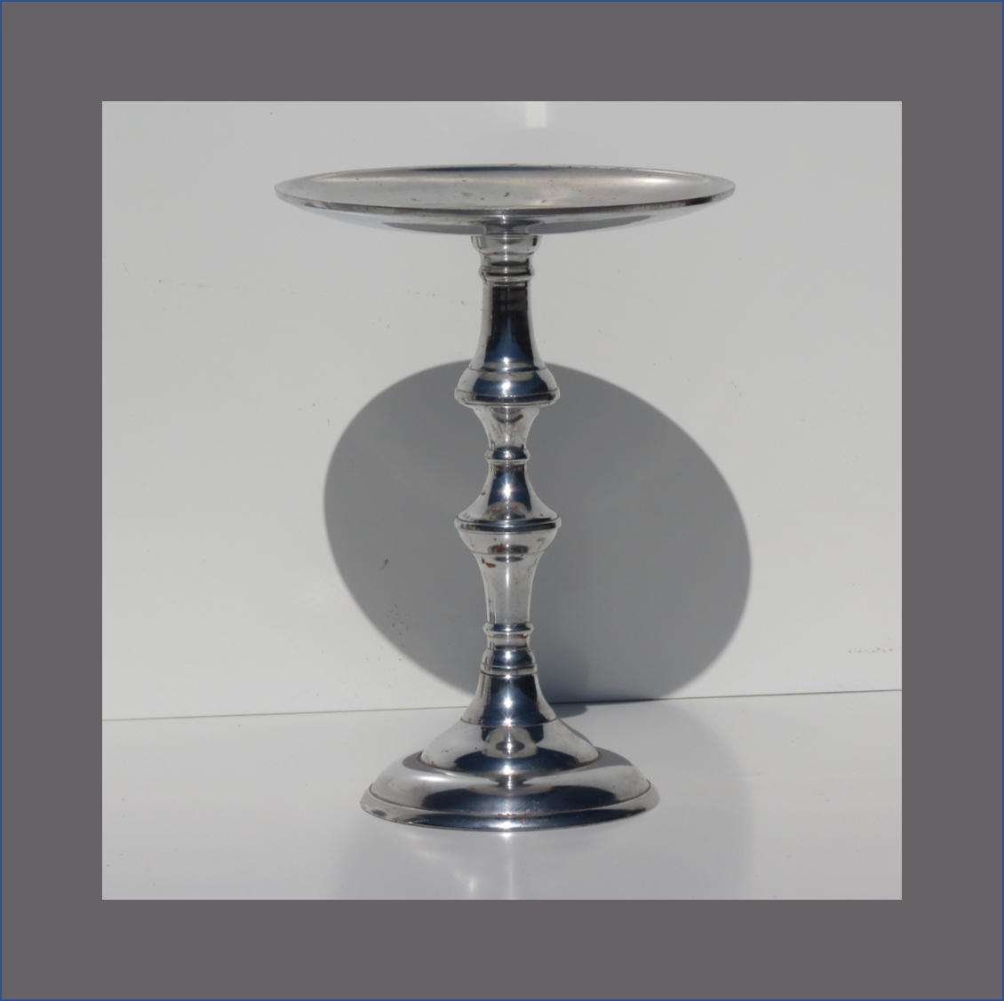 flat-candle-stand
