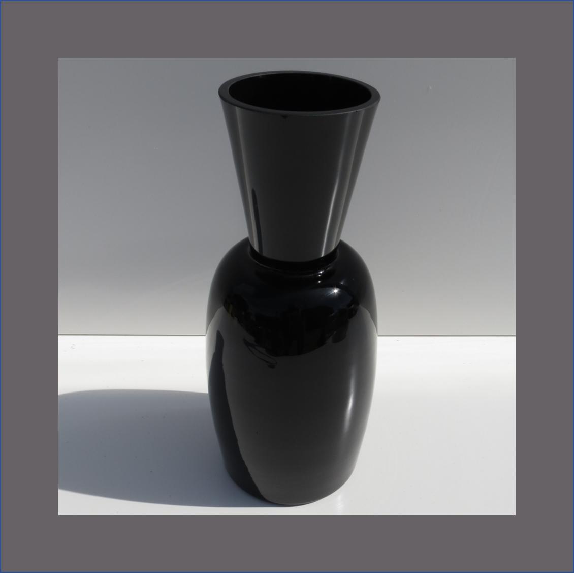 black-taper-vase