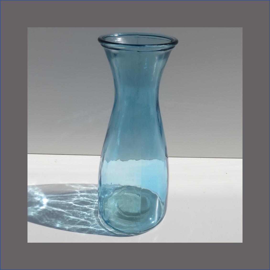 blue-hour-glass-vase