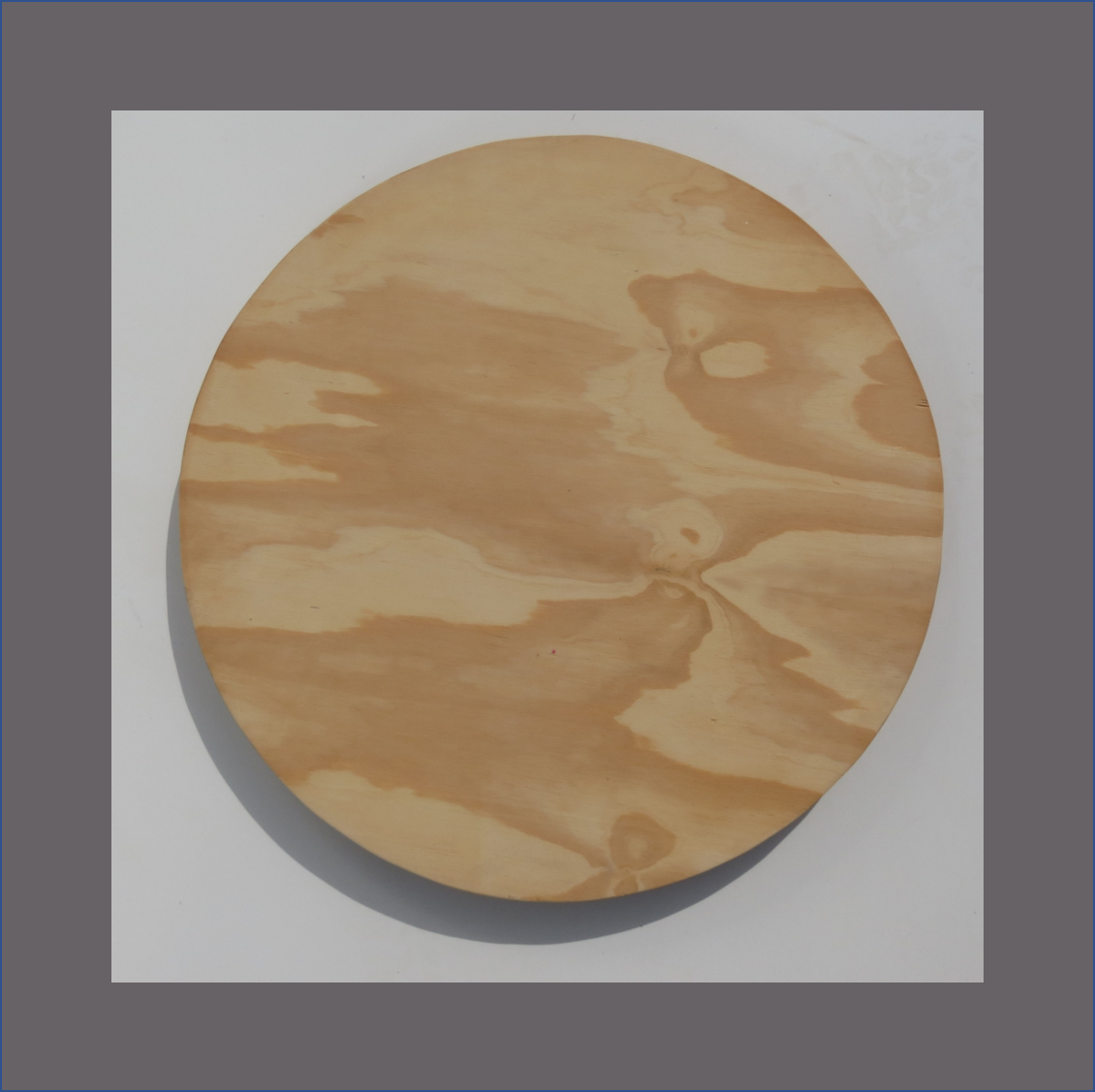 pine-ply-round-underplate