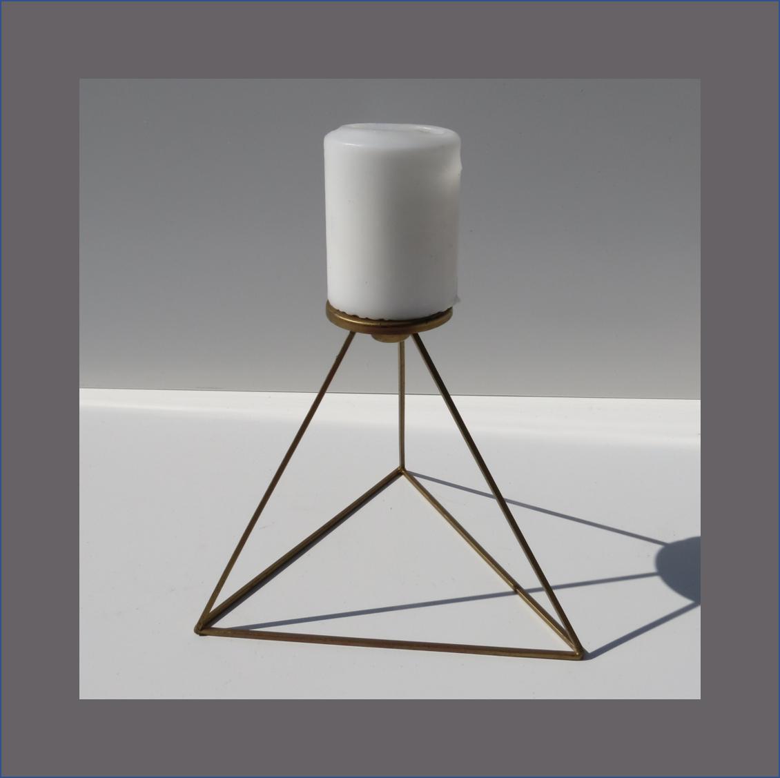 diamond-candle-stand
