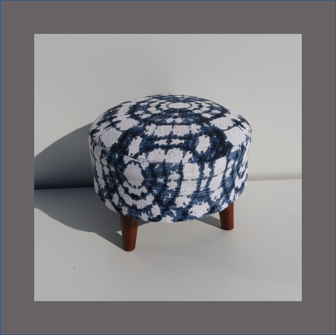 tie-dye-blue-and-white-ottoman