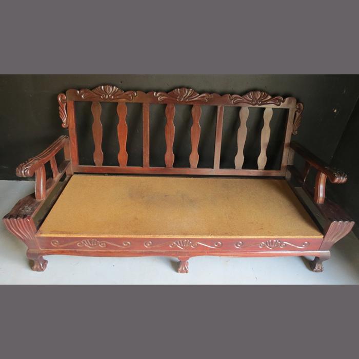 antique-&quotball-en-klou&quot-2-seater